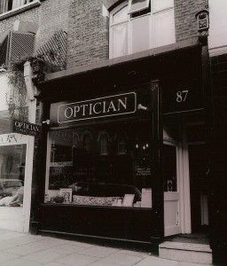 87Optician